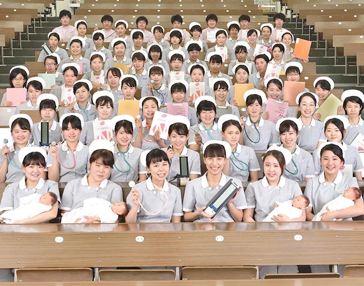 尼崎看護専門学校 集合写真